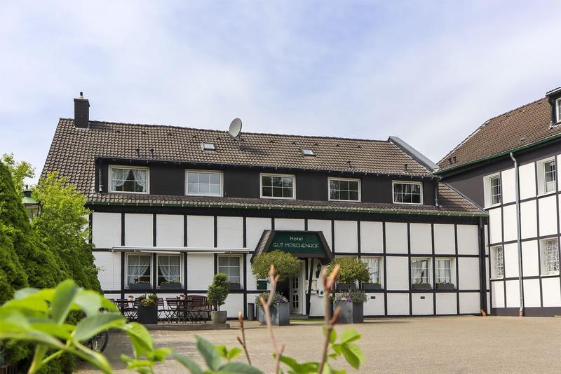 Hotel Gut Moschenhof in Düsseldorf